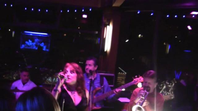 "Etta James' ""Tell Mama"" performed by Laura Cozzi and Soul Machine at The Watermark W20 lounge"