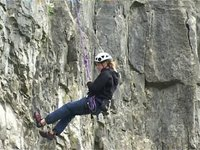 [Self Rescue for Climbers - Lowering a climber]