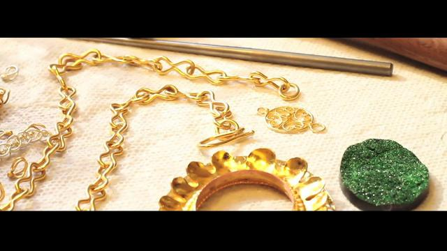 Aluna Necklace Contest (low Budget)