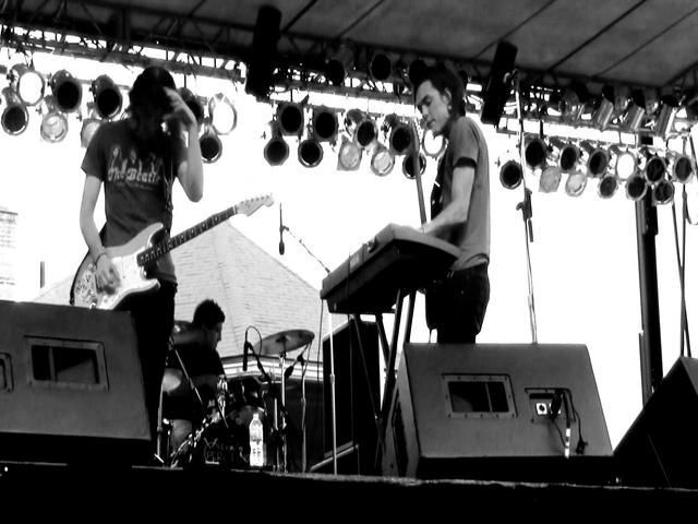"""Karolyne"" at Comfest 2011 - Main Stage"