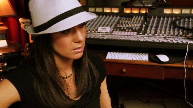 "Hideaway Backstage video of ""Dream"" filmed by Creative Bundle. May 18, 2012"