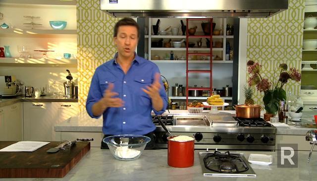 Les trucs de Ricardo  Incorporer des œufs à un dessert