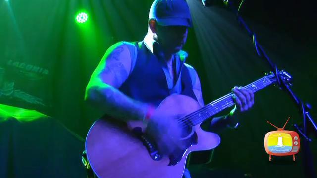 Rob Benton Live @ Wally's Pub NH all credits to NHseacoast.tv