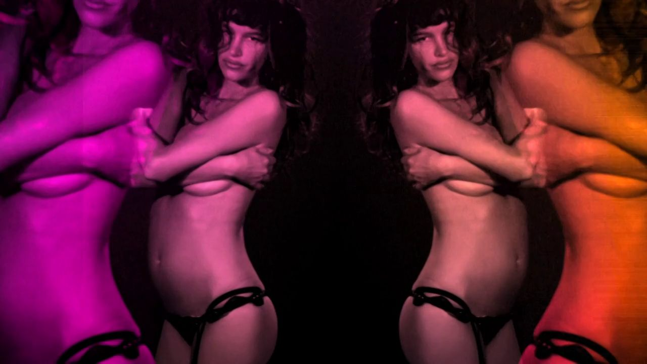 "Featurette: Paz dela Huerta ""Destroyed Stripper"""