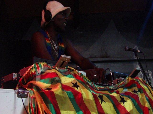 DJ Manie Shika