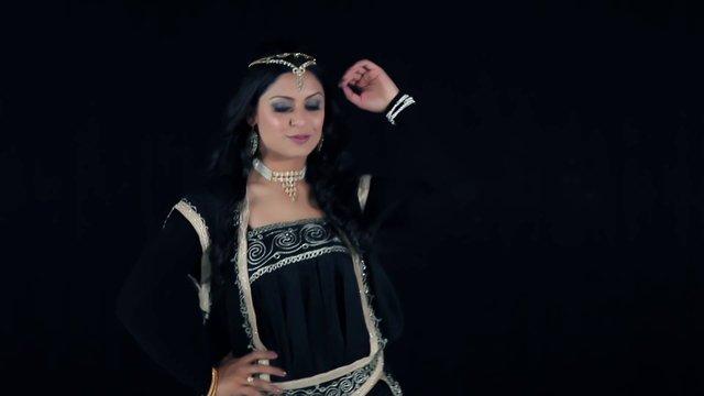 Laila (Qataghani) - Shafiq Khan AUG 2013 Full HD