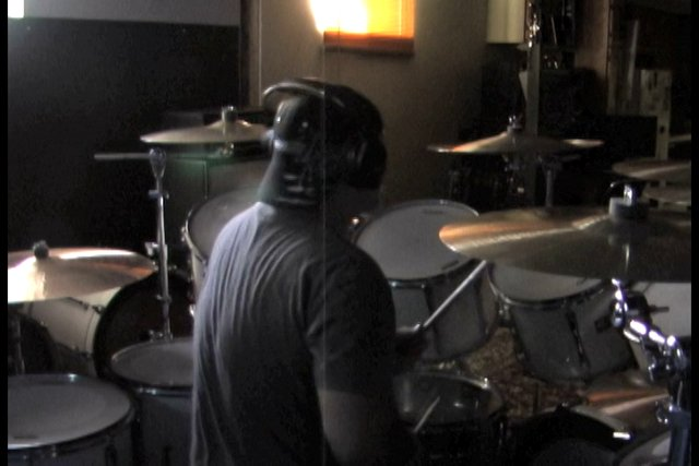 Squonk (R.C. Drum) extrait in ''cool tv''