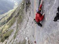 [Iker and Eneko Pou - The Hardest of the Alps - Zahir]